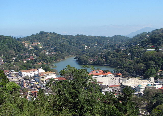 Kandy City - relaxing holiday destinations