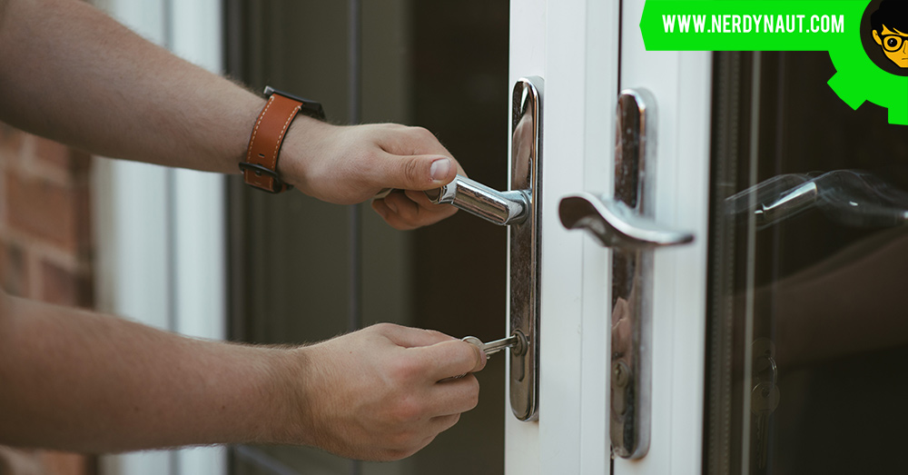 5 Traps to Avoid for First Time Home Buyers - Opening the door with the house key