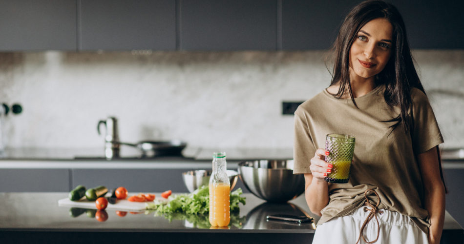 How to Keep Yourself Healthy and Happy by Tweaking Your Diet