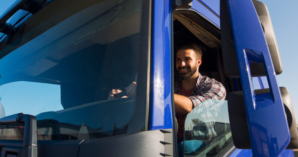 6 Things to Consider Before Hiring a Truck Accident Lawyer