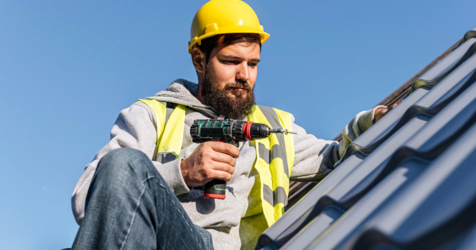 Commercial Roofing: How to Choose the Right Roof Material for Your Business