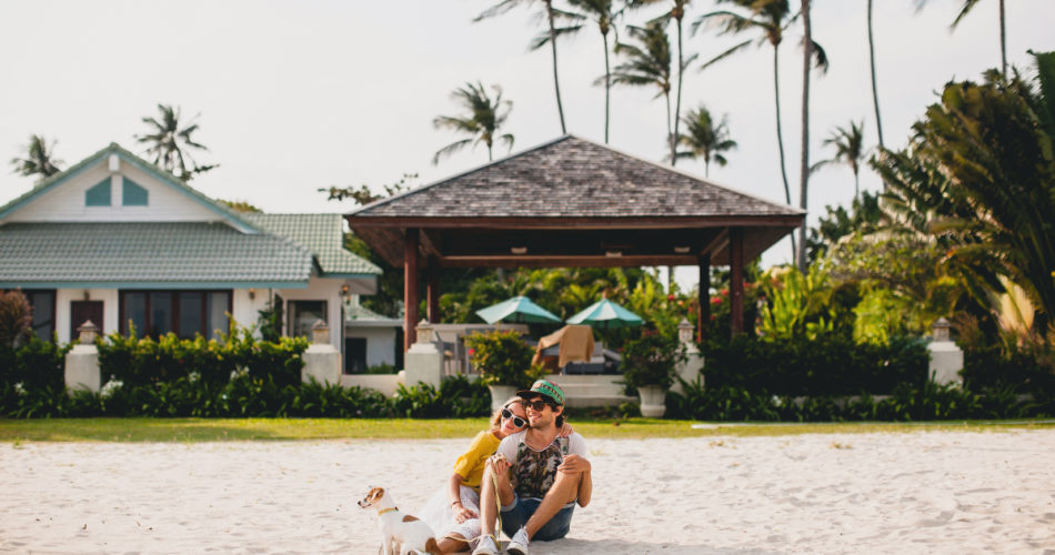 Pros and Cons of Living at a Beachside