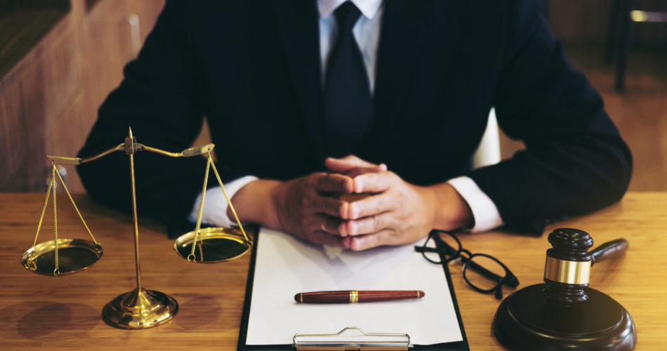 6 Important Things You Need to Know If Hiring Business and Commercial Legal Team