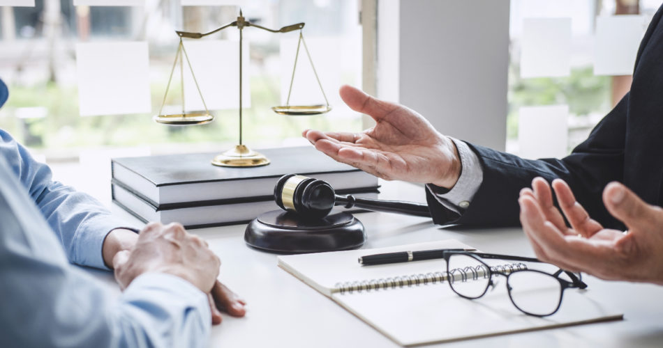 Are You Looking for Legal Advice? Here Are 4 Ways to Find It
