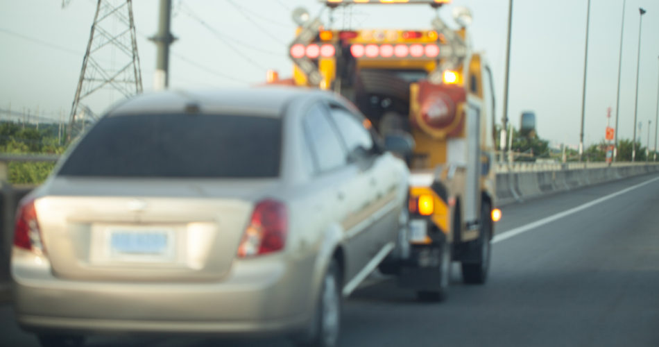 Useful Towing Safety Tips from the Experts