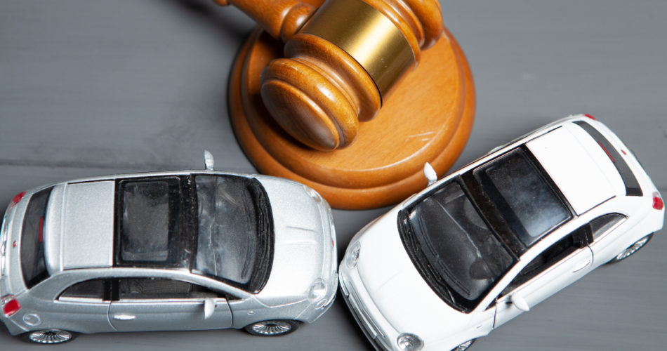 Why It's Important That You Call a Lawyer After Being in a Car Accident