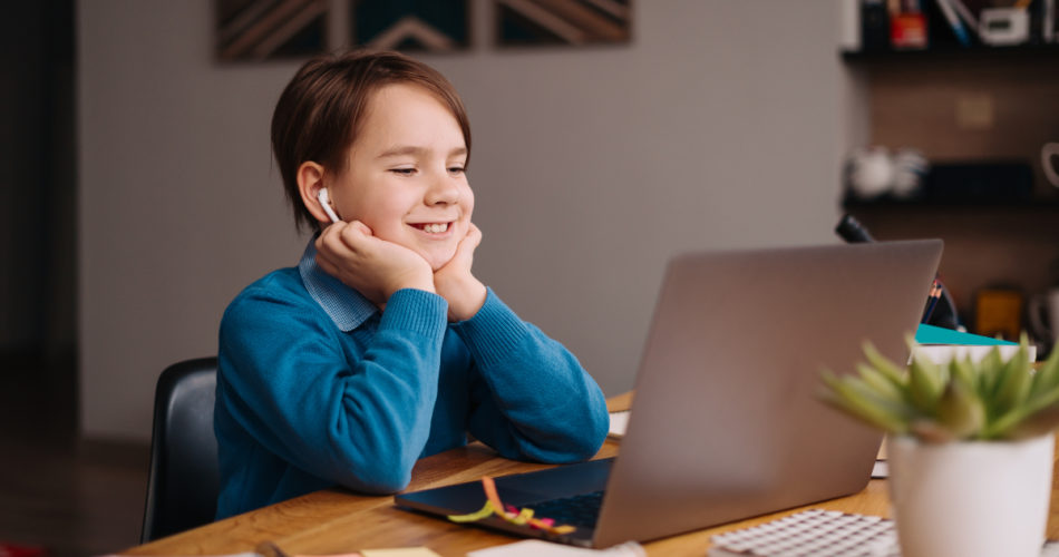 How Chromebook Monitoring Improves Learning Quality for Students