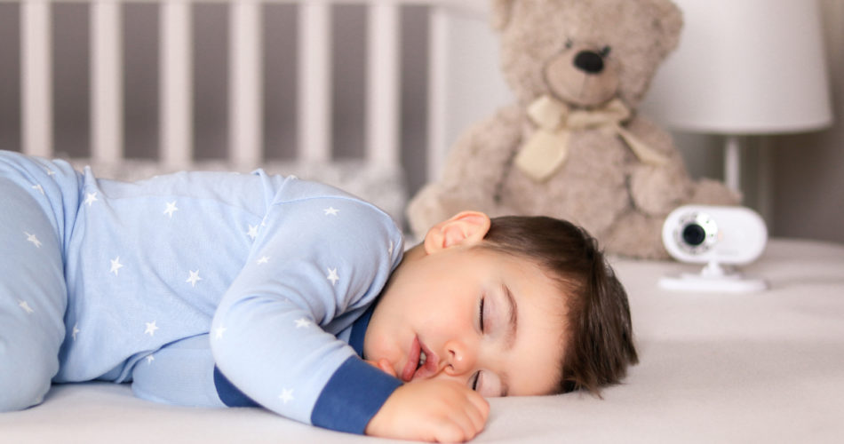 Useful Gadgets for New Parents to Help Them Sleep Better at Night